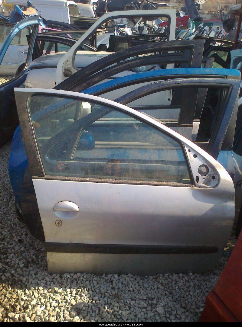 Peugeot 206 Sağ Kapı Ön