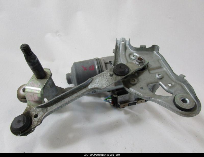 Peugeot 3008 Ön Silecek Motoru