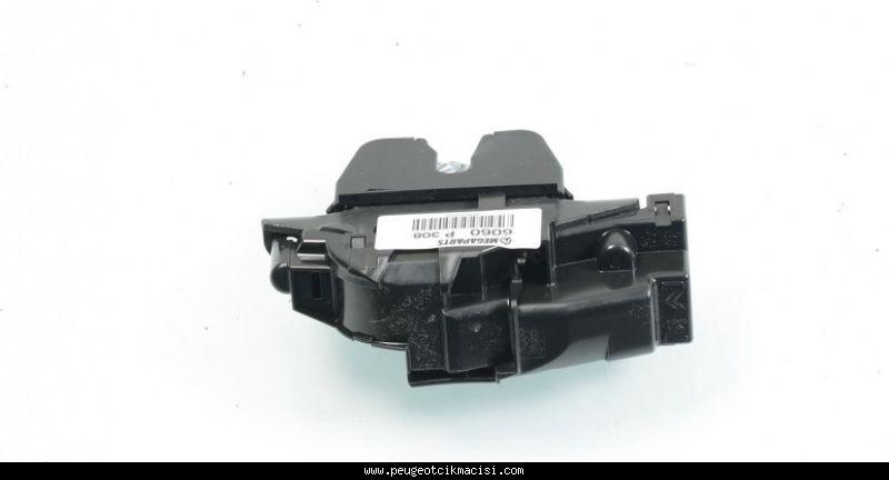 Peugeot 308 Bagaj Kilidi