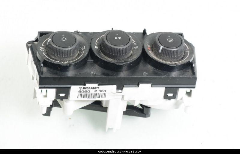 Peugeot 308 Kalorifer Düğmesi