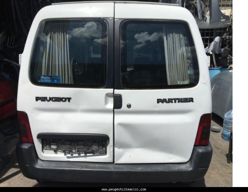 Peugeot Partner Bagaj Kapağı